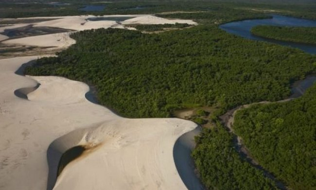 Национальный парк Ленсойс-Мараньенсис