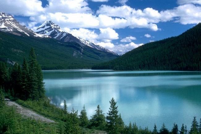 Озеро Луиза – жемчужина Канады