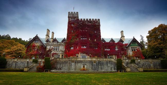 Средневековый замок Хэтли на острове Ванкувер
