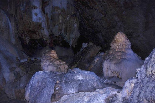 Новоафонская пещера в Абхазии