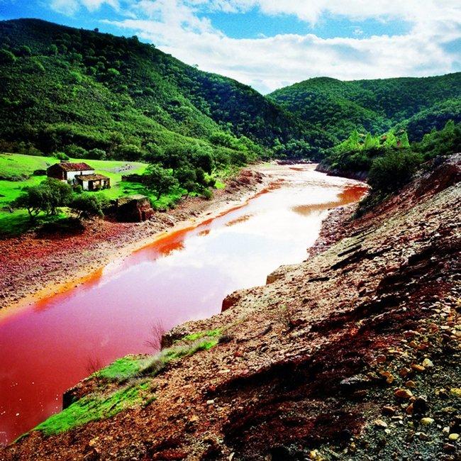 Красная река Рио Тинто, Испания