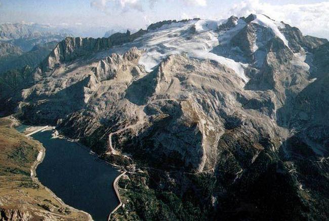 Горы Италии. Белоснежная Мармолада