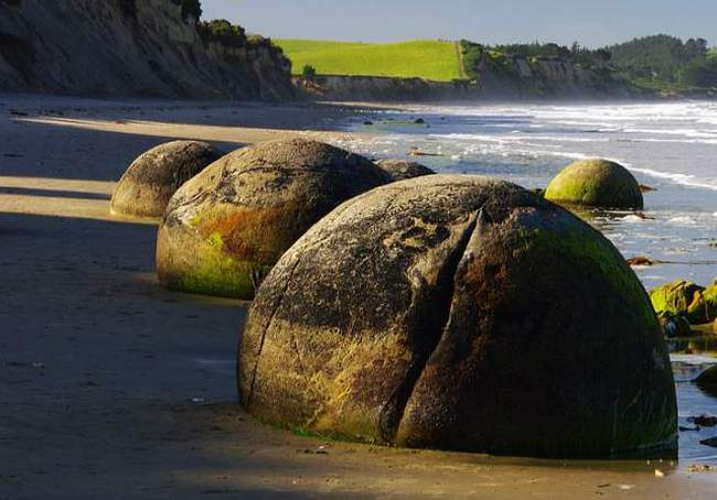 Валуны Моераки, Новая Зеландия