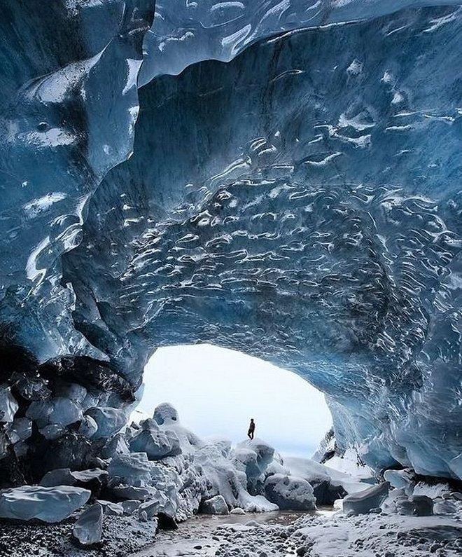 Ледяная пещера Скафтафетль в Исландии