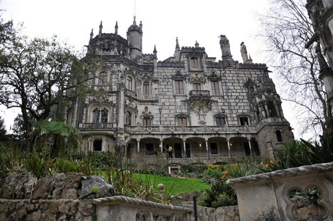 Колодец Посвящения в Португалии